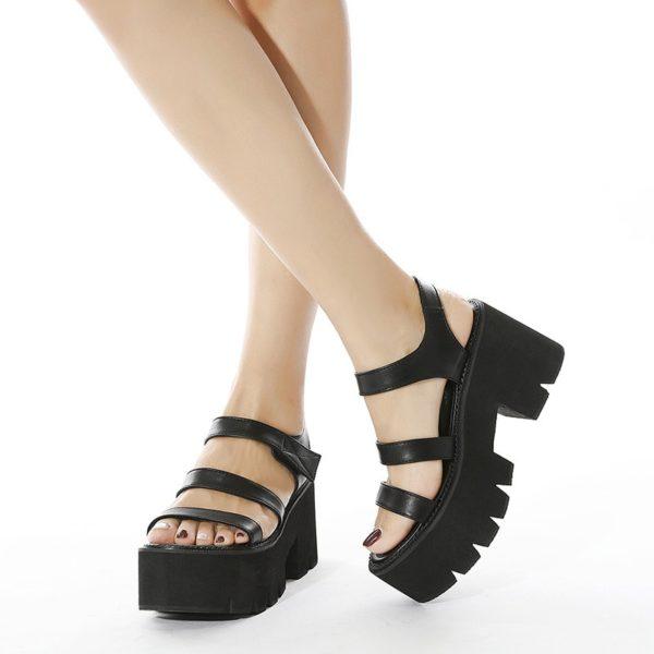 Dámské páskové sandále na módní vysoké platformě