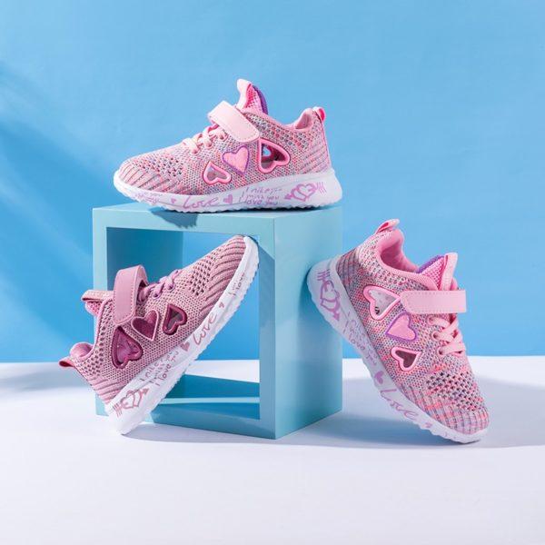 Dívčí síťované roztomilé růžové tenisky se srdíčky