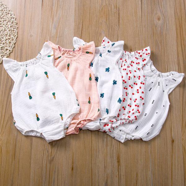 Letní kojenecká kombinéza s krásnými vzory