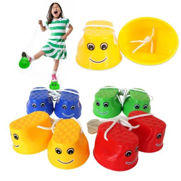 Venkovní barevné malé dětské chůdy na trénink rovnováhy